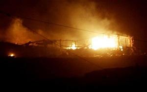 Hiện trường vụ nổ kho vũ khí tại Benghazi.